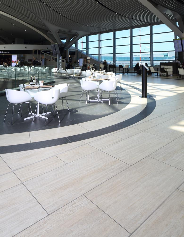 Leonardo da Vinci Airport: Photo 10