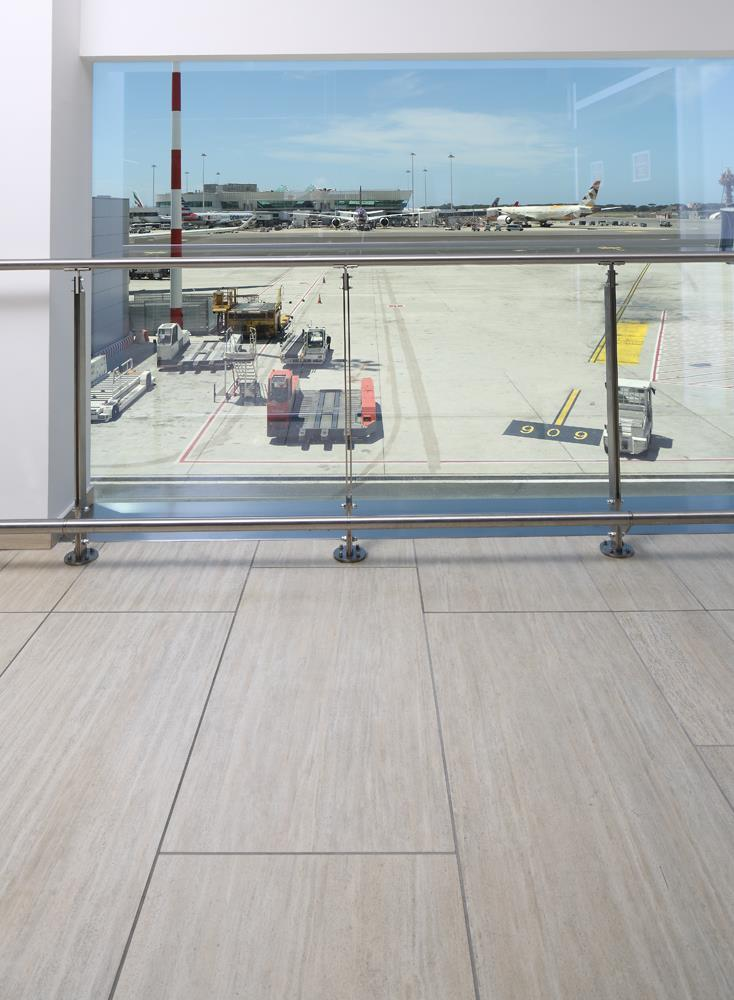 Leonardo da Vinci Airport: Photo 18