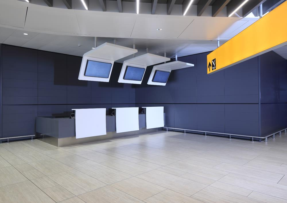 Leonardo da Vinci Airport: Photo 21