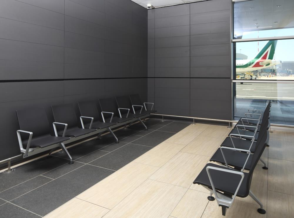 Leonardo da Vinci Airport: Photo 23